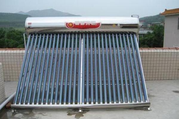 太阳能热水器01.png