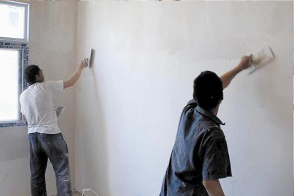 刷墙.png