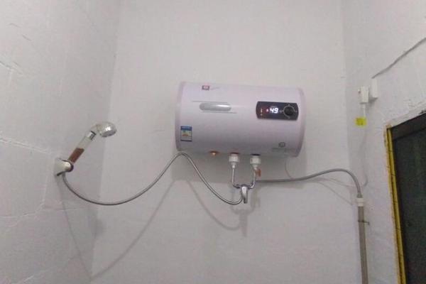 电热水器07.png