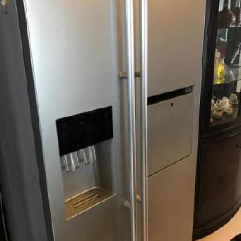 冰箱漏气维修多少钱