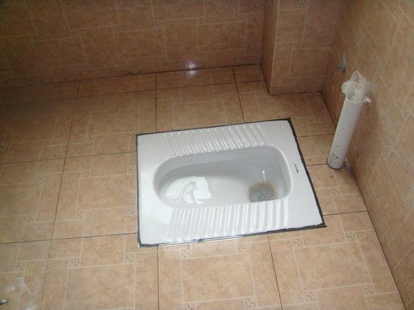 水电维修-卫浴洁具-蹲便器